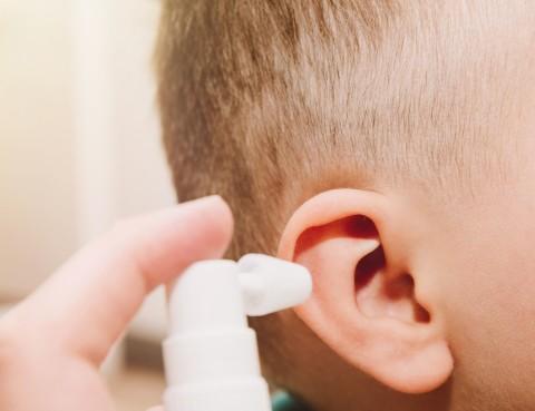 spray pulizia orecchie
