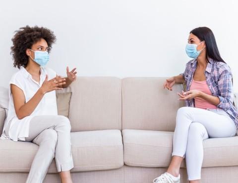 mascherina e problemi uditivi